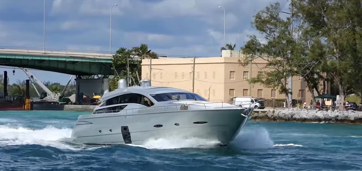 yachts at haulover