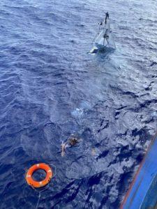 Man Found at sea | Sea Ray 32